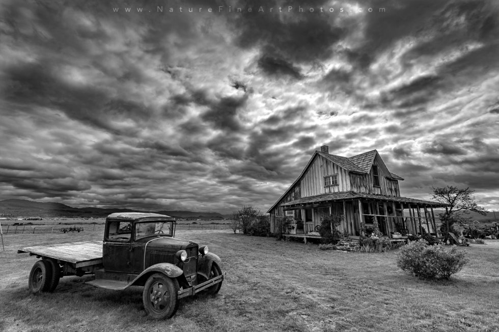 Black and White Photo of The Old House in Oregon