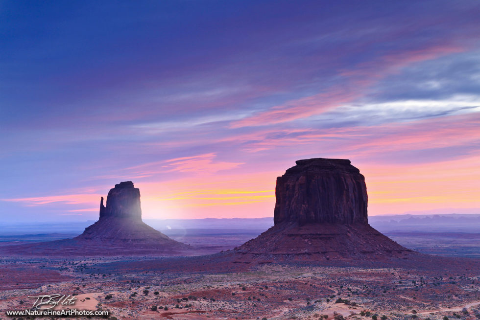 Nature Photo of Monument Valley Mittens